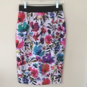 GILI flowered pencil skirt 8P